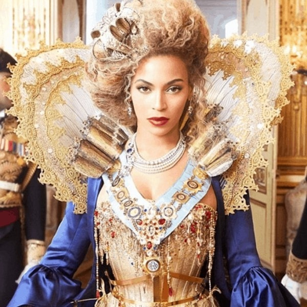 Beyonce in queen costume