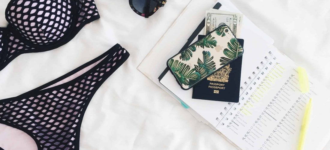 44 Best Travel Accessories + 20 Travel Hacks for Long Flights [2019 Guide]